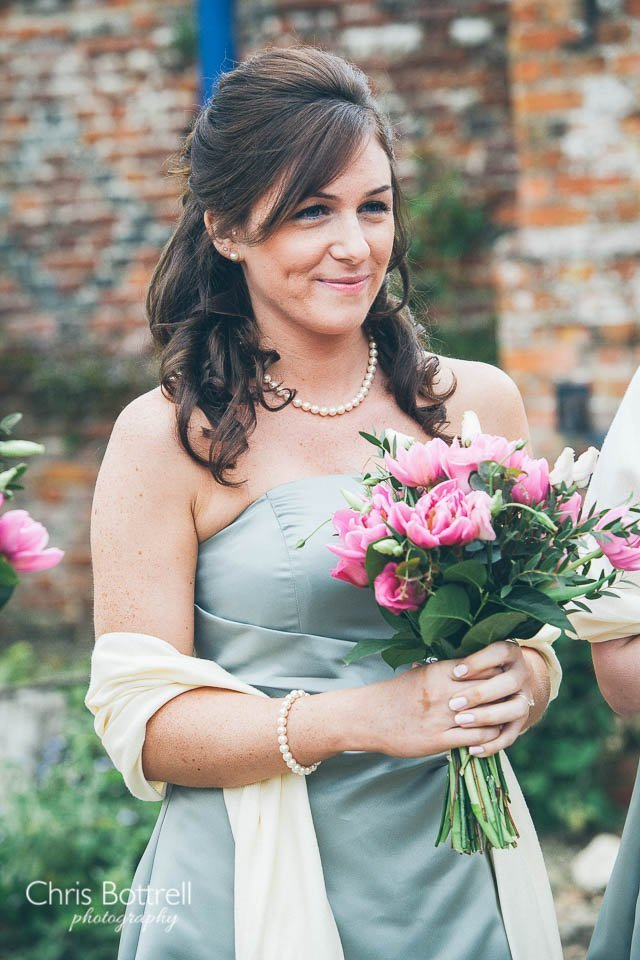 Hales-Hall-Barn-Wedding-Photography-LM-15