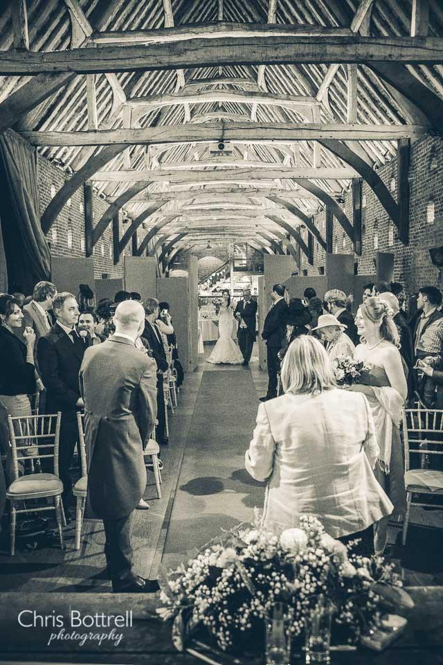Hales-Hall-Barn-Wedding-Photography-LM-17