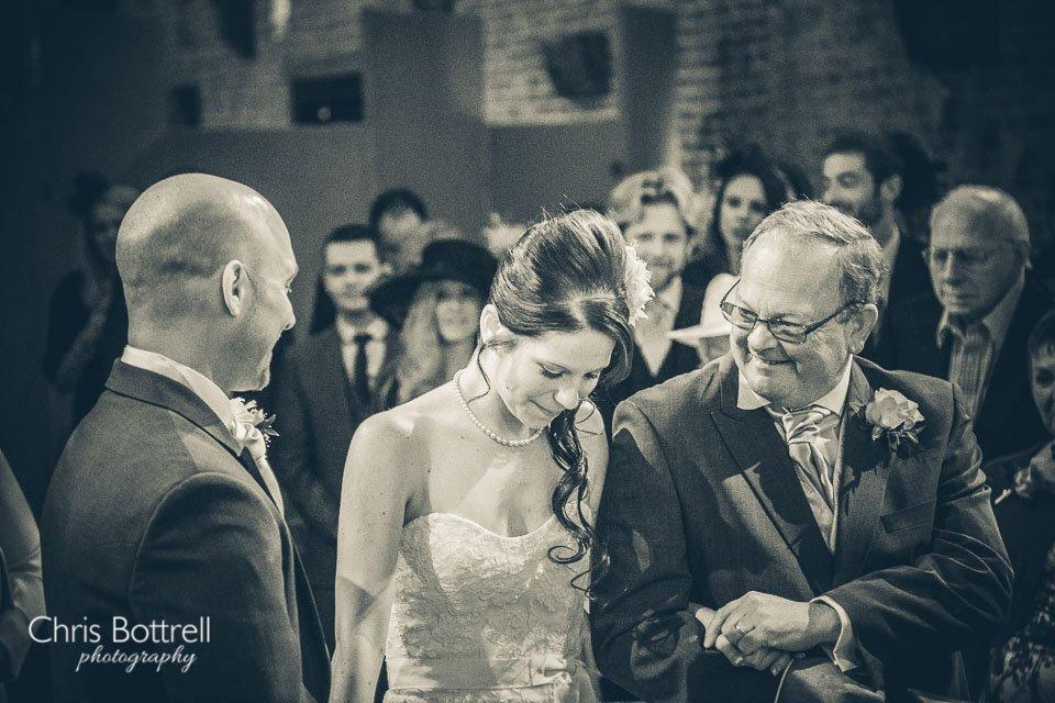 Hales-Hall-Barn-Wedding-Photography-LM-21