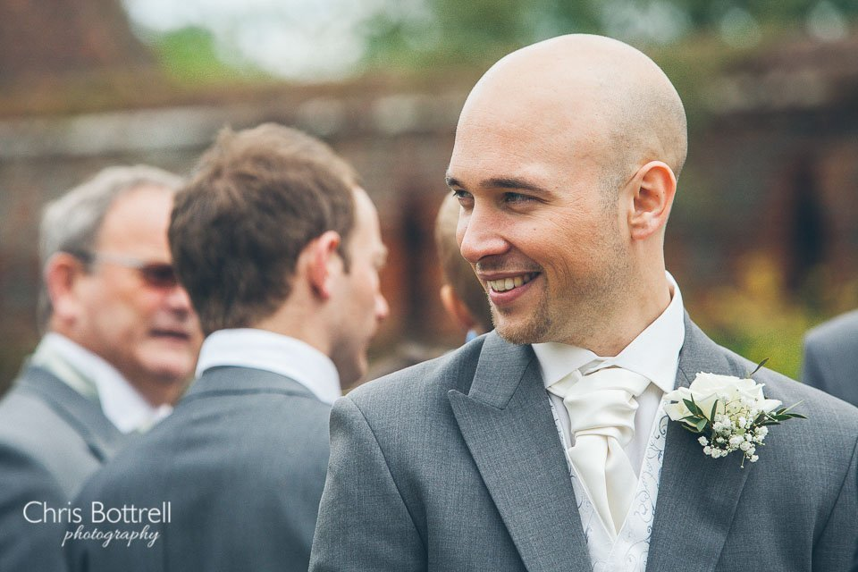 Hales-Hall-Barn-Wedding-Photography-LM-33