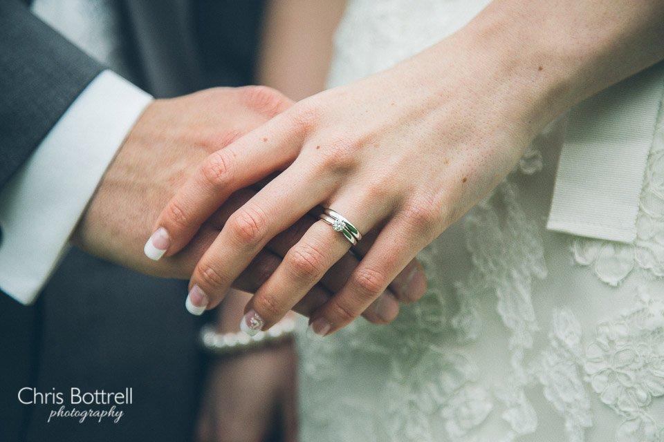Hales-Hall-Barn-Wedding-Photography-LM-46