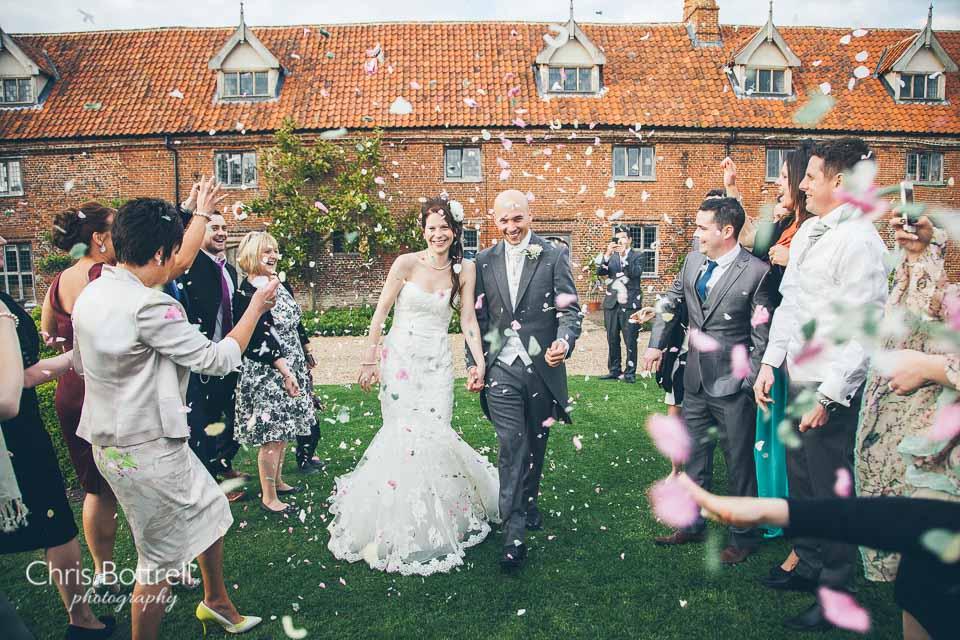 Hales-Hall-Barn-Wedding-Photography-LM-68