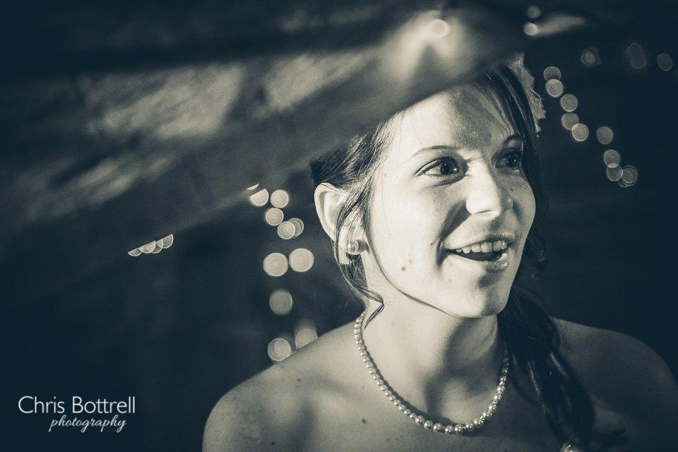Hales-Hall-Barn-Wedding-Photography-LM-72