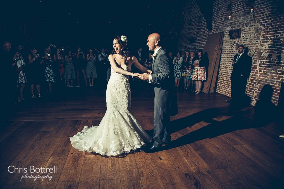 Hales-Hall-Barn-Wedding-Photography-LM-74