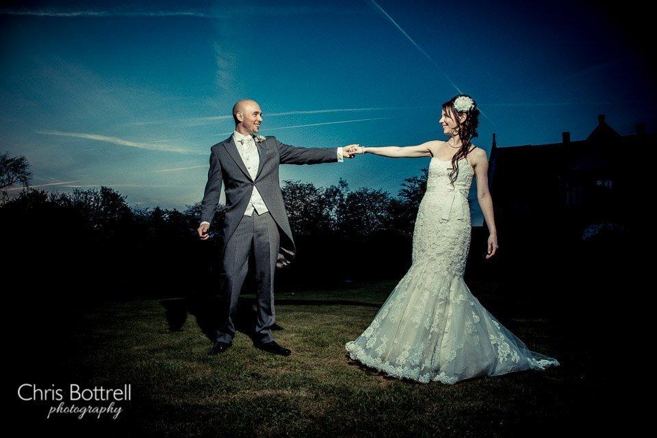 Hales-Hall-Barn-Wedding-Photography-LM-82