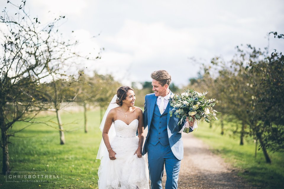 Norfolk wedding photographer Hautbois Hall Wedding