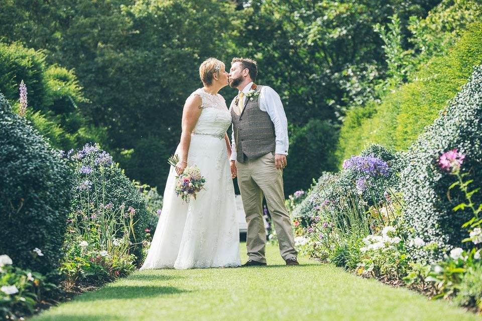 Hales Hall Barn Wedding Photographer